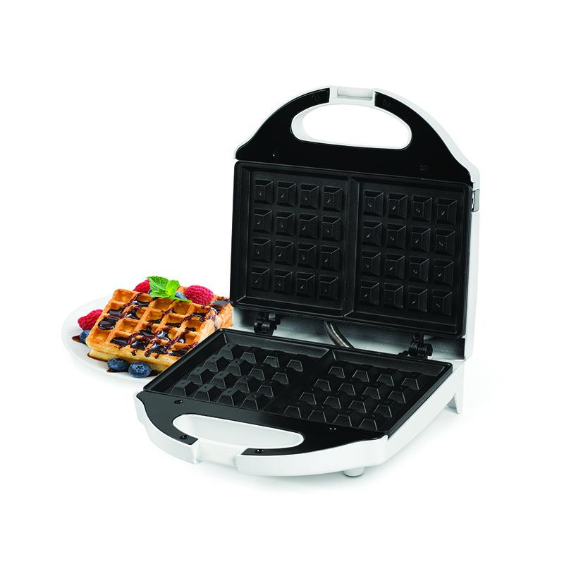 WM1075 Salton Waffle Maker